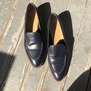 Everlane modern loafers navy blue 6 barely worn